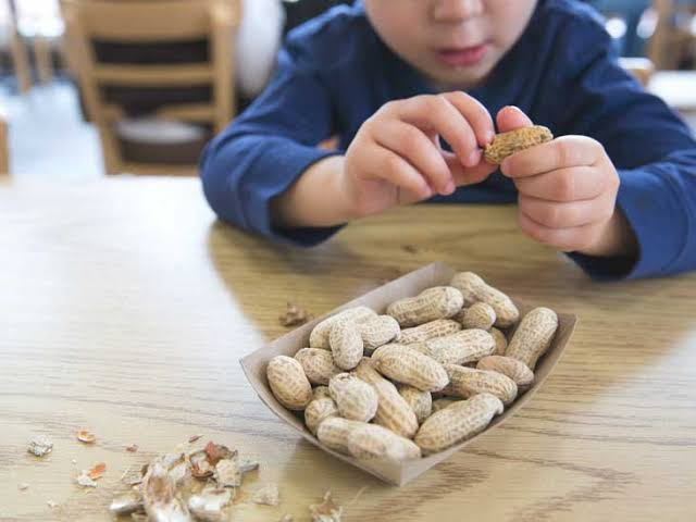 Do not make this mistake after eating peanuts?