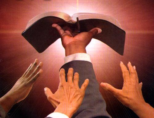 Resultado de imagem para evangélicos