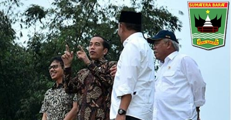 Gubernur Irwan Dampingi Presiden Jokowi Sambangi Desa Terindah di Sumbar