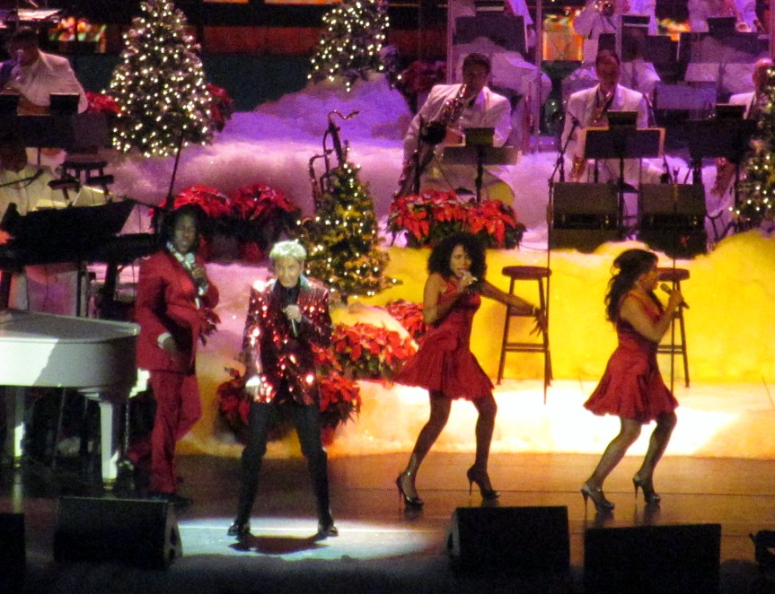 Seth Saith: Merry Manilow: \'A Very Barry Christmas\' Proves a Ho-Ho ...