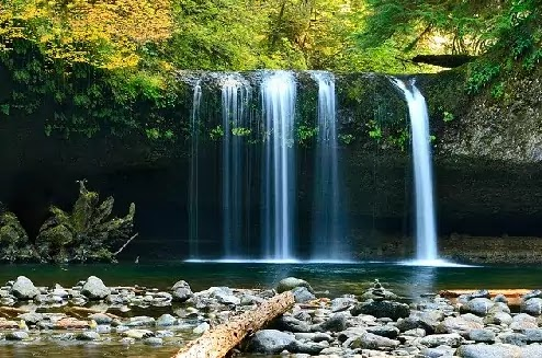 Waterfall In Manali - Your Hotel Host