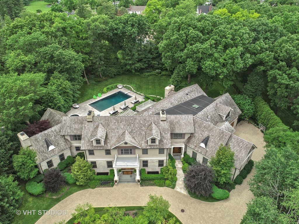 10000 square foot shingle and stone mansion in northfield il