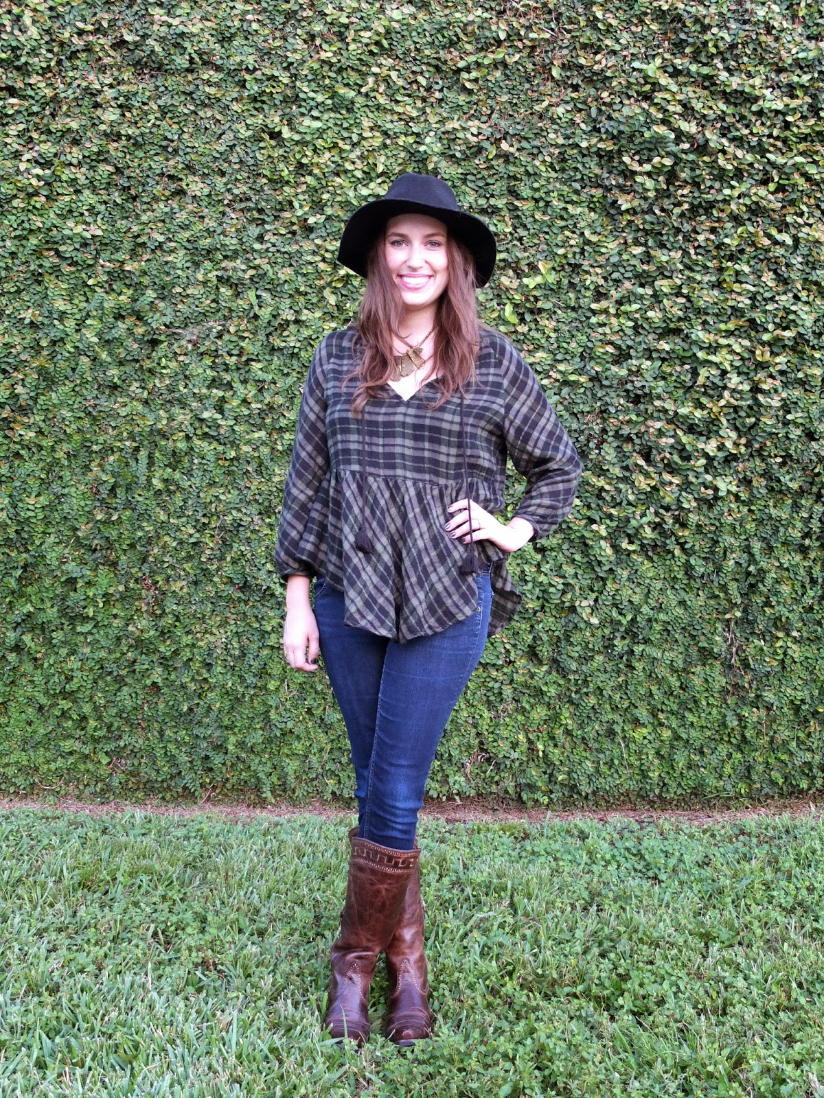 Anthropologie Plaid Peasant Top, Anthropologie Green Top, Anthropologie Green Plaid Top, Trendy in Texas, Fall Fashion, Trendy in Texas Fall Style, Black Floppy Felt Hat, Black Floppy Hat, Ariat Boots, Western Boots, Cavender's, Ariat Cavander's Boots, Houston Cowboy Boots, Ariat Sahara Boots