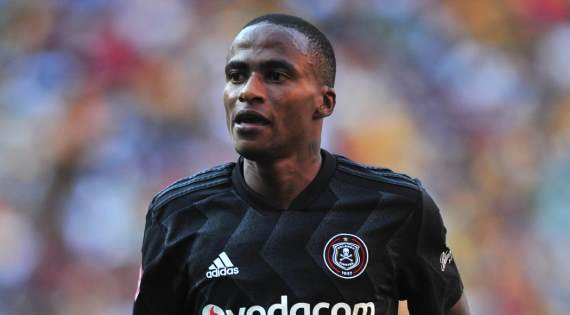 Pirates extend lead at league summit