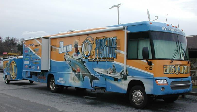 Addictive Fishing Mogan Bus