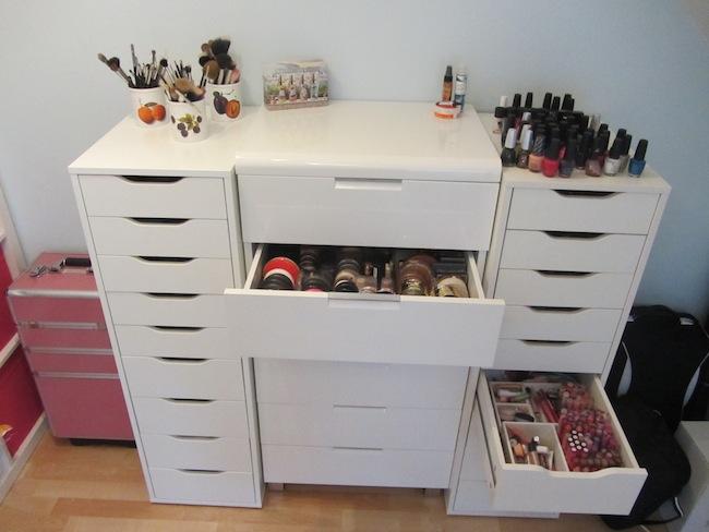 makeup aufbewahrung pt 1 sara bow. Black Bedroom Furniture Sets. Home Design Ideas