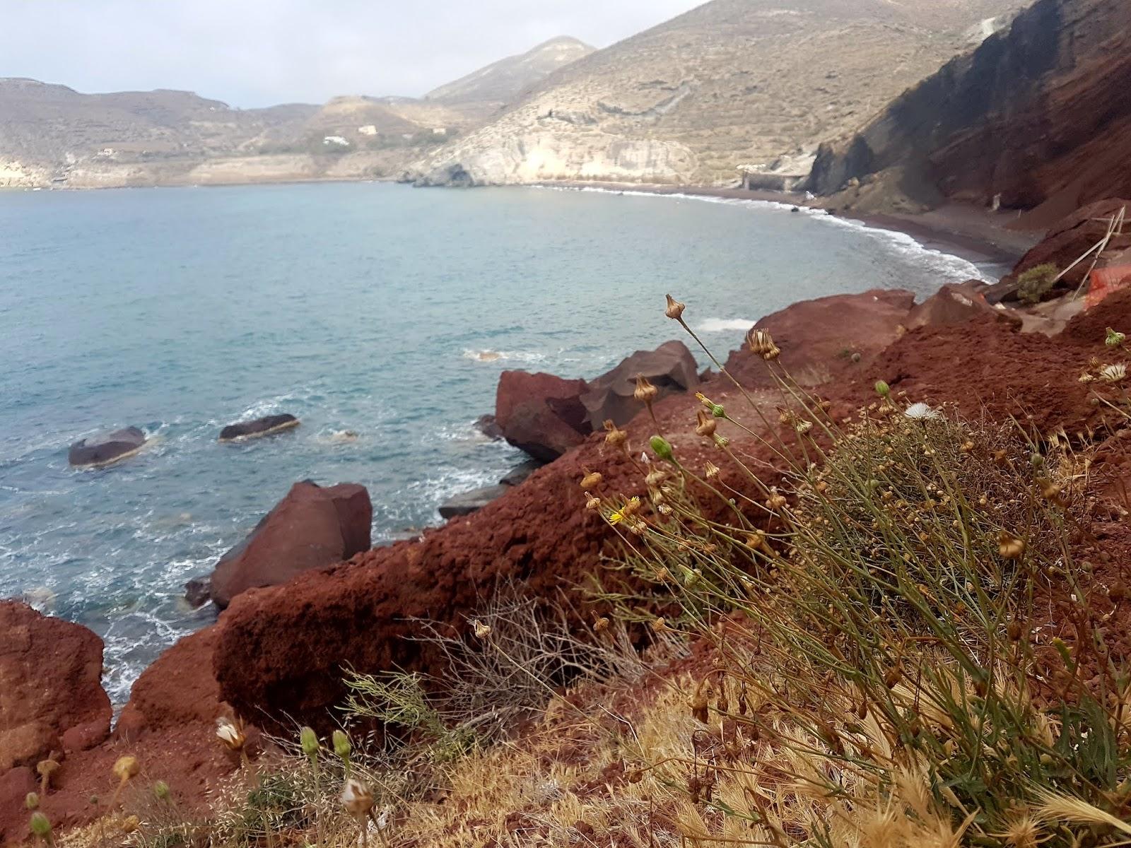 Akrotiri Red Beach, Santorini | Ummi Goes Where?