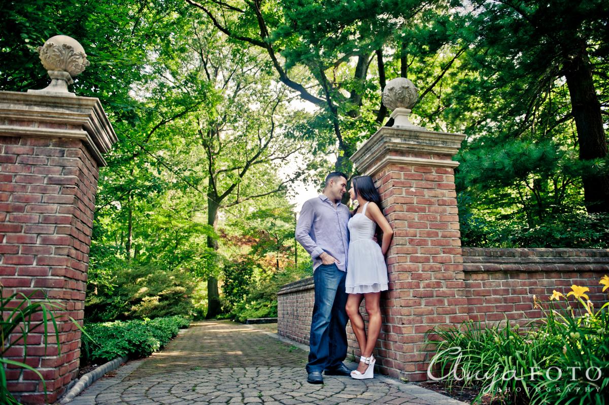 Exploring Van Saun Park (Paramus NJ Family Photography