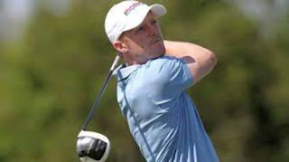 David Playing Golf