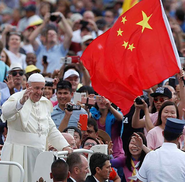 Política de aproximação do Papa Francisco aos ditadores marxistas de Pequim foi reprovada pelos chineses livres