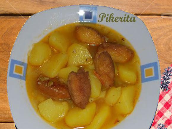Patatas con huevedillos