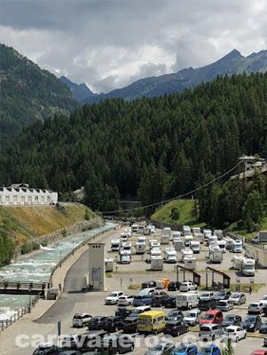 área de autocaravanas de Cogne. Valle de Aosta | caravaneros.com
