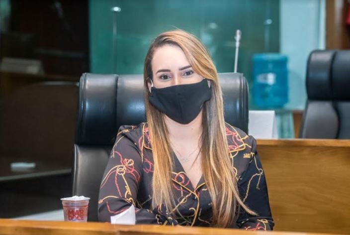 Deputada Thaiza Hortegal é internada em hospital de São Luís