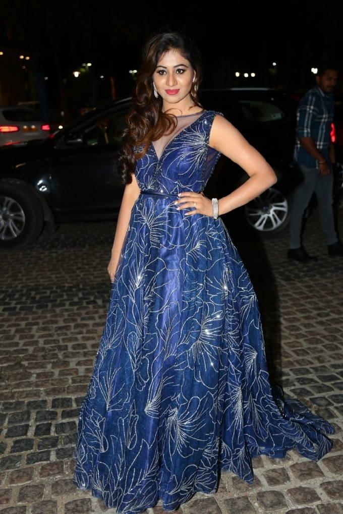 Indian Actress Manali Rathod Stills At Jio Filmfare Awards 2018