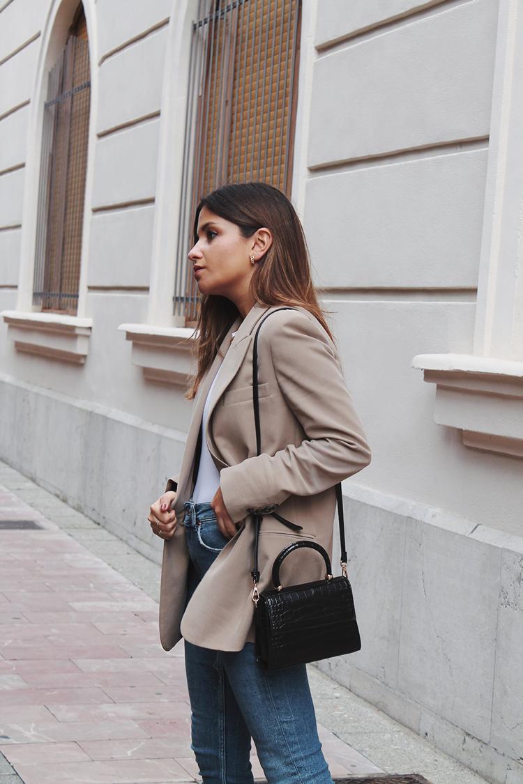 beige blazer zara look moda