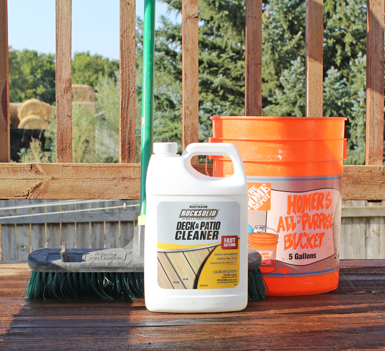 Clean your old wood deck with this special deck and patio cleaner