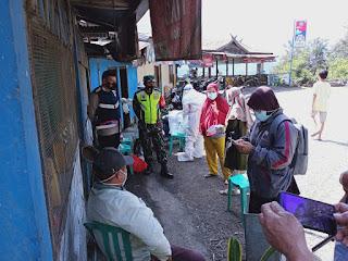 Bhabinkamtibmas Dan Tim Satgas Covid 19 Desa Mendatte Melakukan Tracking Kontak Erat Dengan Pasien Positif Covid-19