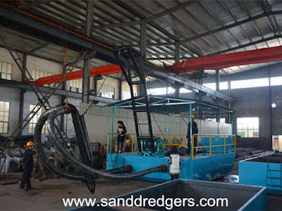 suction dredge