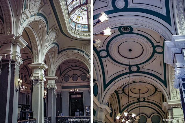 Detalhes do interior da Biblioteca Nacional