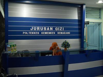 Front Desk Ruang Resepsionis + Furniture Semarang