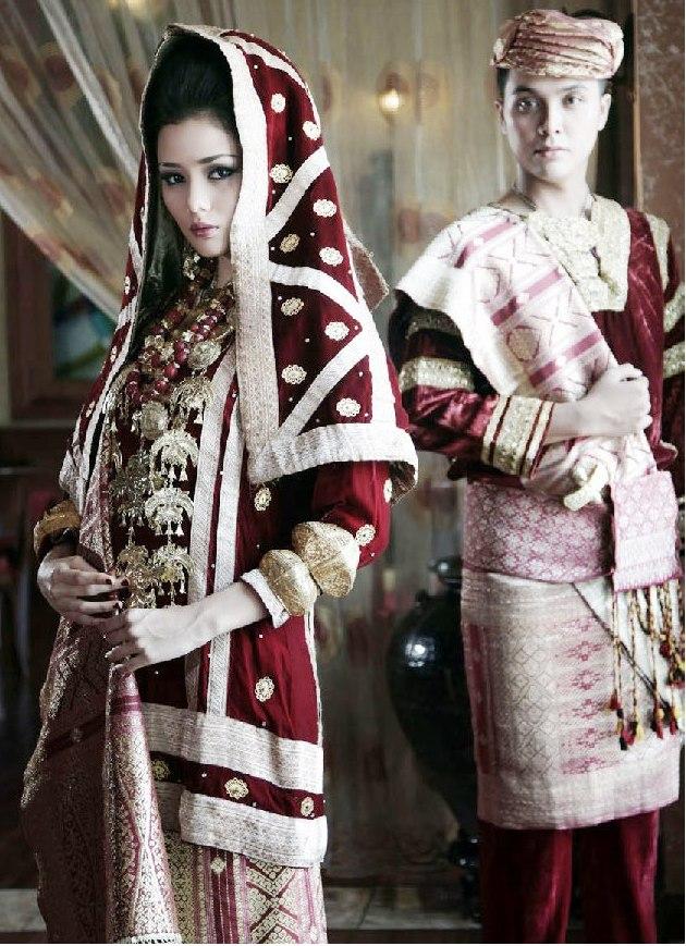 Keunikan Pakaian Adat Minangkabau ~ Pesona Minang Kabau