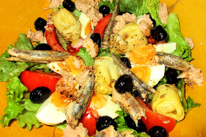 Salade niçoise traditionnelle