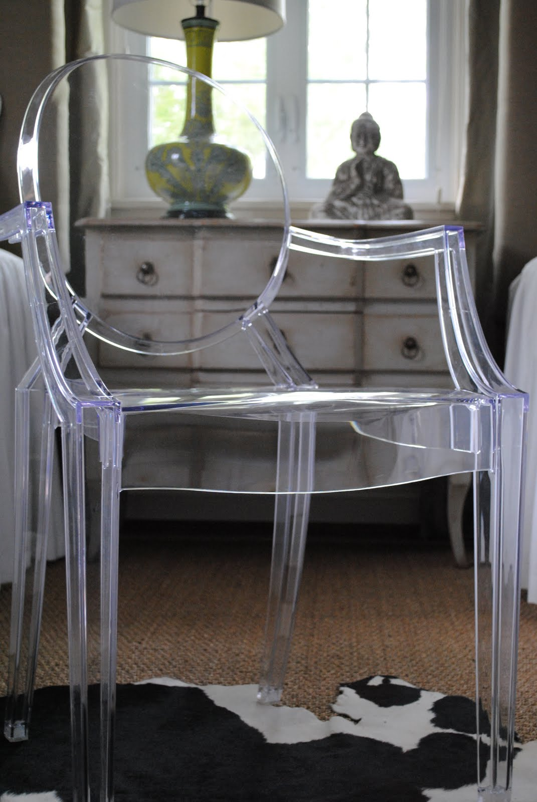 A Perfect Gray Ghost Chair