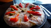 Pizza jamon y morrones ingredientes