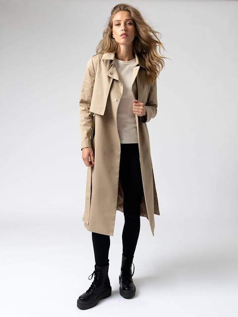saint and Sofia women's beige trench coat