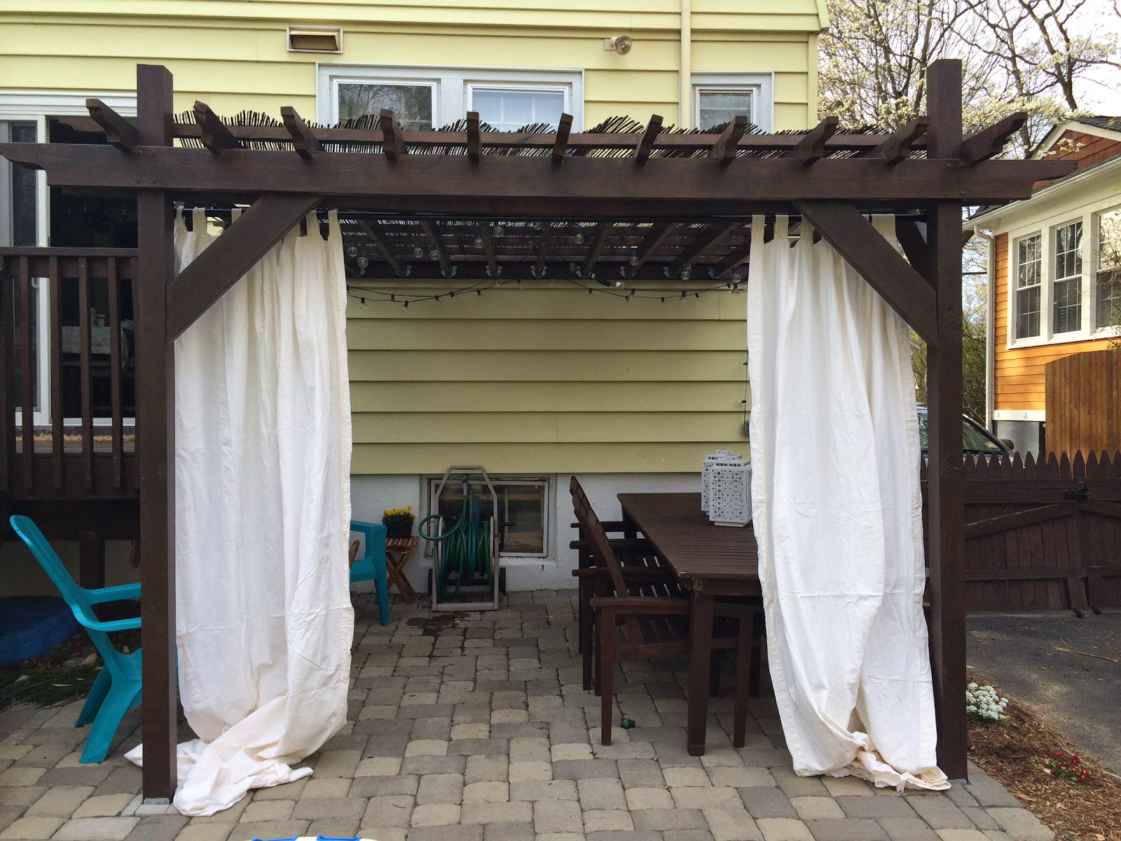 In The Little Yellow House Pergola Curtain Update