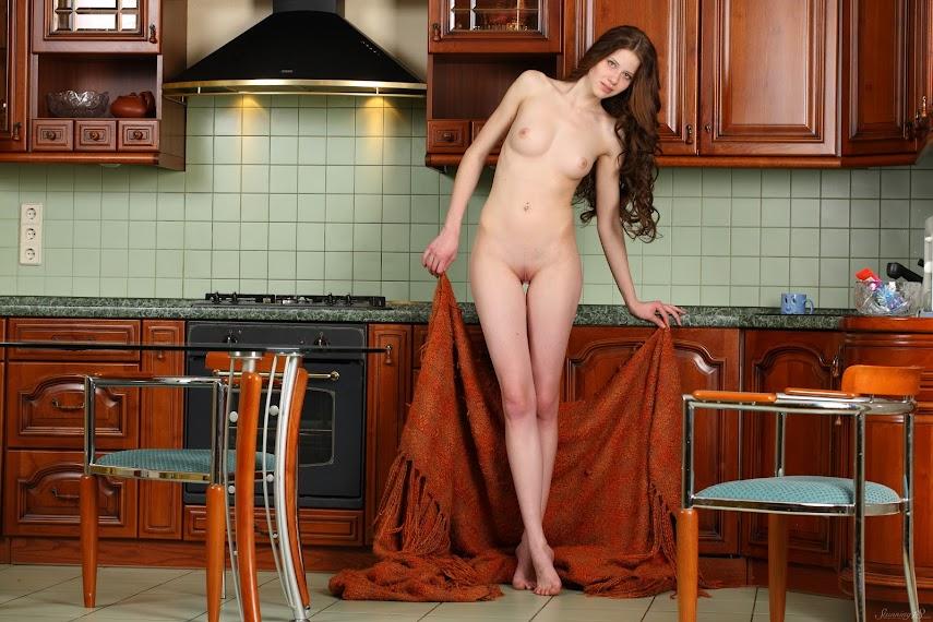 [Stunning 18] Nicole - Charming Housewife