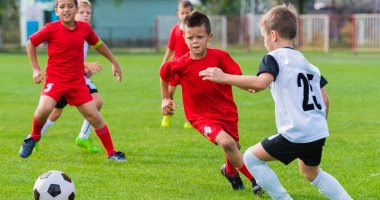لعبة جميلة تسمى كرة القدم
