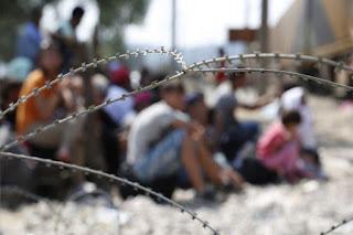 Δύσμοιρε πρόσφυγα μου, αν ήξερες που κόλλησες…