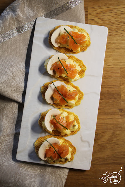Crackers Oeuf Mayonnaise Truite Fumée Ciboulette Poivre Recette Apéritive Facile Rapide Pas Chère
