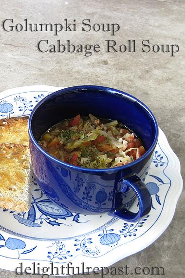 dinner Golumpki Soup - Cabbage Roll Soup / www.delightfulrepast.com