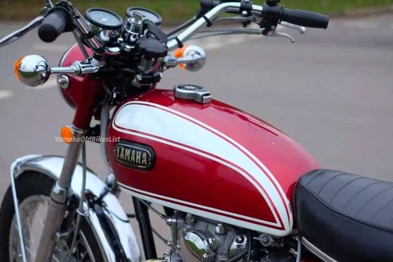 Memorable 1972 Yamaha XS650 XS2 S650 Retro bike - Yamaha Old