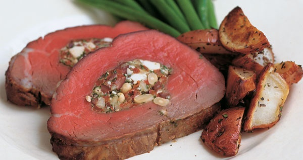 Classic Beef Tenderloin with Crispy Baked Potato Fans