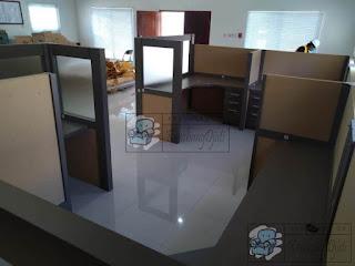 Meja Partisi Sekat Kain Bentuk U Untuk 4 Orang + Furniture Semarang ( Cubicle Workstation )
