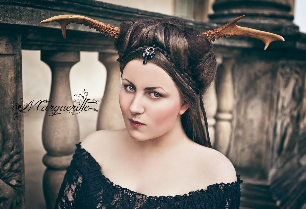 Oh, deer! Margueritte Weinlich, Karolina Ryvolova