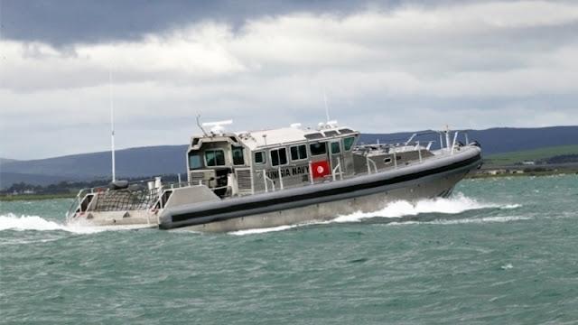 المهدية : إنقاذ شخص تشبث بوعاء بلاستيكي والبحث عن 25 شخصا غرق مركبهم