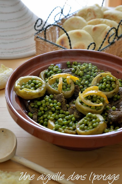 Tajine de bœuf aux petits pois et fonds d'artichaut