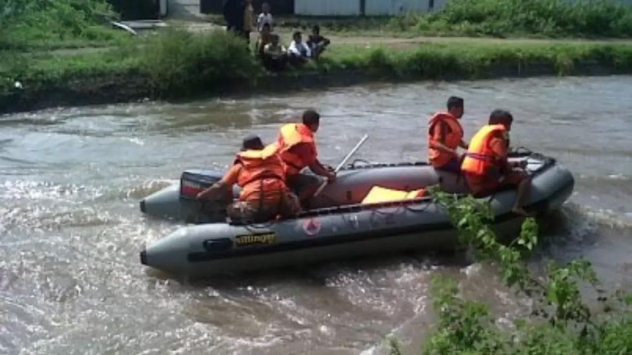 Banjir Darah Di Tepi Sungai Tambakberas - Prakata