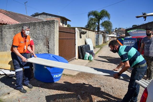 Prefeitura de Colombo entrega materiais de construção e doações para três famílias que perderam tudo em incêndio