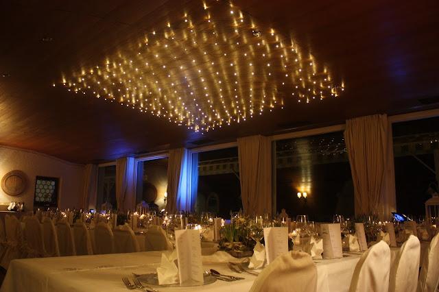 Lichterglanz - Winterhochzeit im Kaminzimmer im Seehaus am Riessersee in Garmisch-Partenkirchen - Winter Wedding in Bavaria - lights