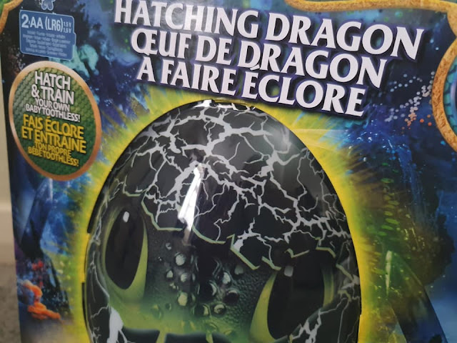 toothless-hatching-dragon