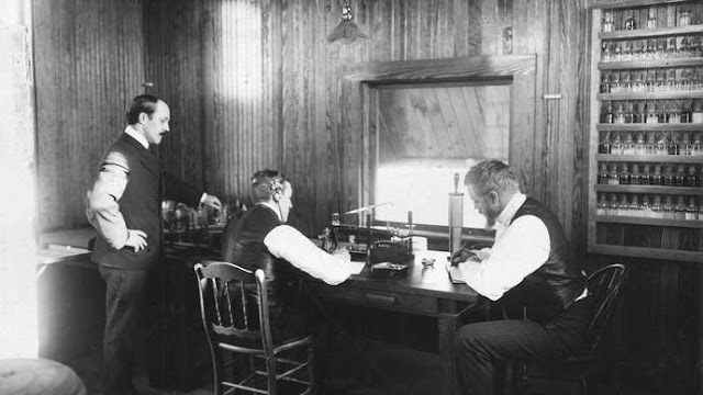 Kisah kenangan bersama radio dari kecik sampai besar sempena hari radio sedunia