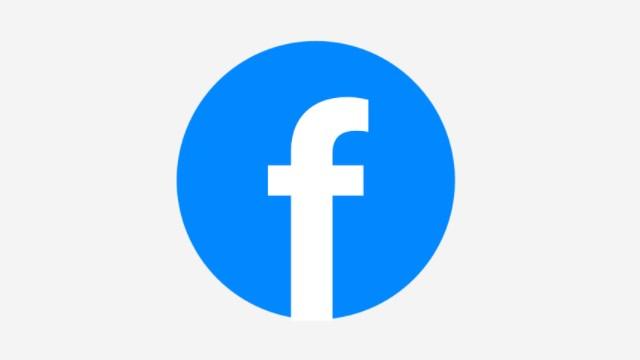 hubungan facebook dengan filsafat komunikasi