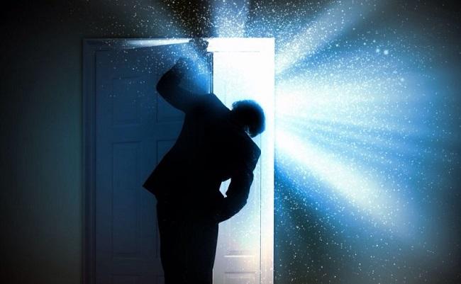 Όταν η πόρτα πίσω μας κλείσει
