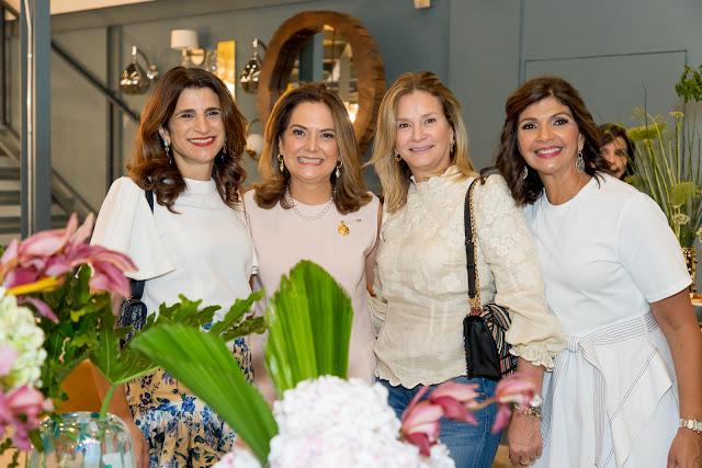 Tuqui Rizek, Iranna Canaan, Melyza Rivera y Marcelle Rizek.