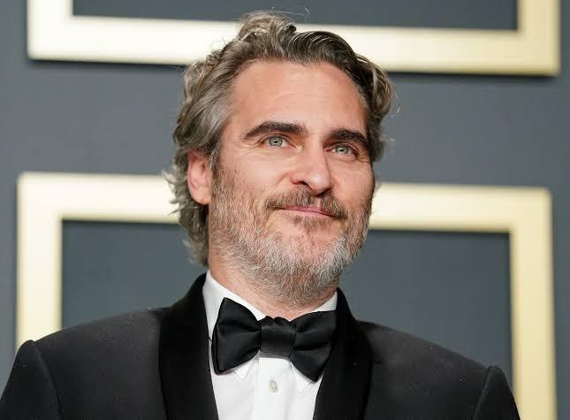Conoce el extraño culto en el que creció Joaquin Phoenix